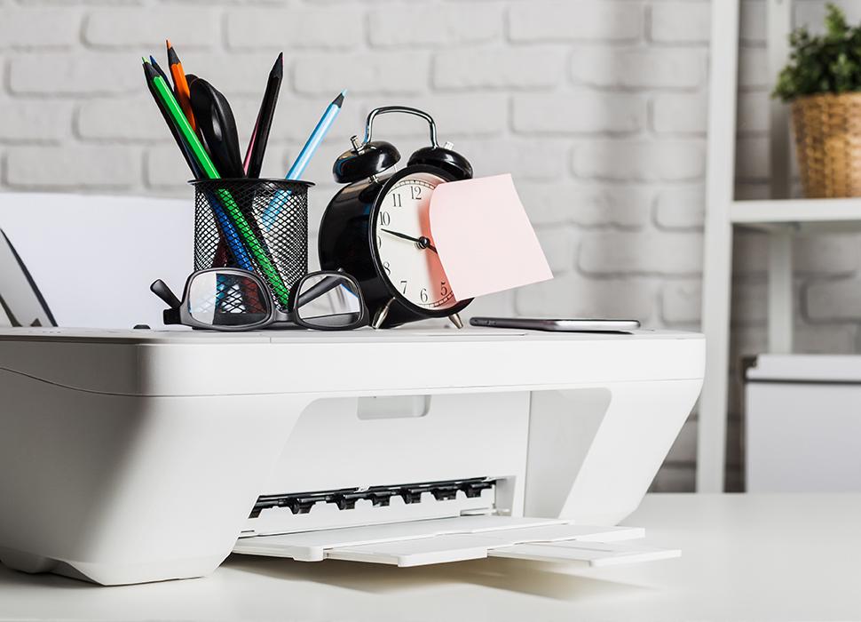 Stampante bianca a casa dello smartworker