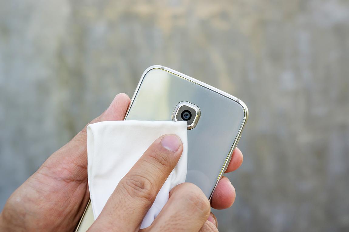 Per foto fantastiche pulire fotocamera smartphone