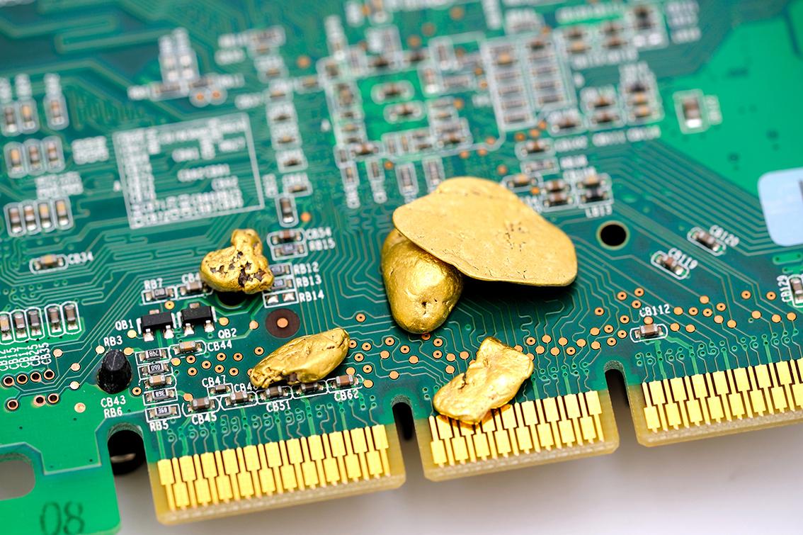 recupero-oro-circuito-smartphone