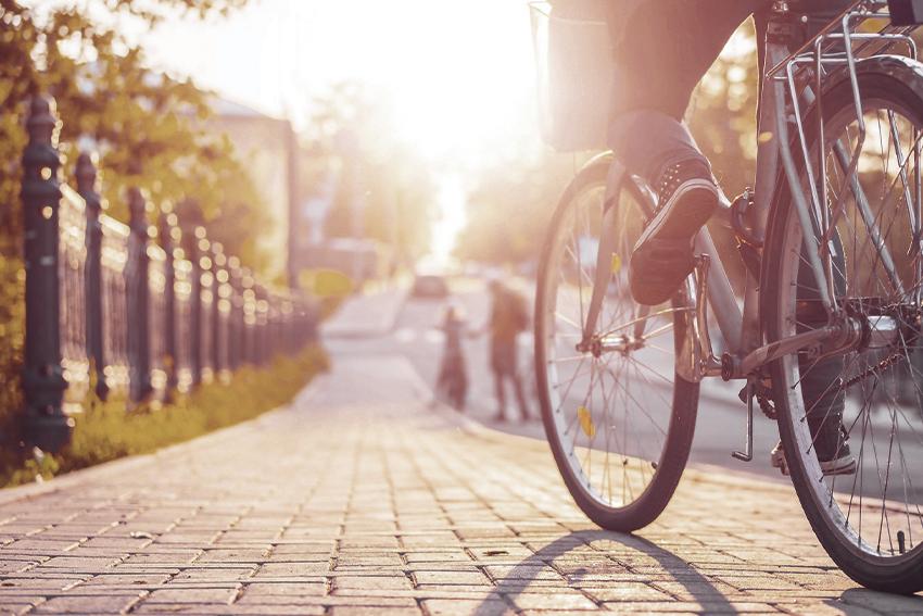Eco Store consiglia di muoversi in bici per essere più sostenibili